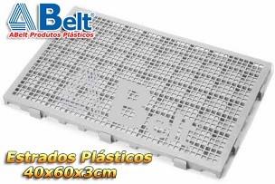 Estrado Plástico 60 x 40 x 3 cm na cor cinza