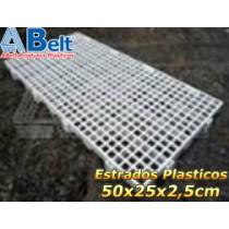 Estrado Plástico 50 x 25 x 2,5cm na cor branca