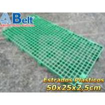 Estrado Plástico 50 x 25 x 2,5 cm na cor verde
