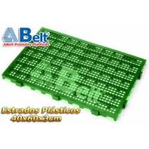 Estrado Plástico 60 x 40 x 3 cm na cor verde