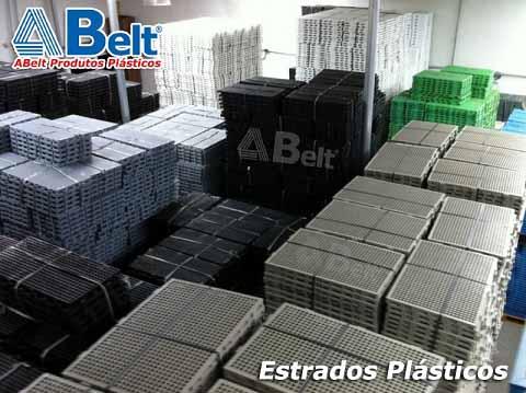 Estrado Plástico 60x40x3cm