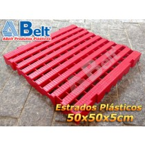 Estrado Plástico 50 x 50 x 5 cm na cor vermelha