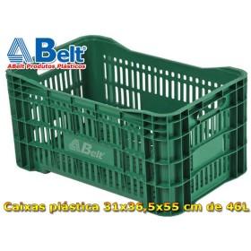 Caixa plástica vazada Hortifruti AB-46L com ombreiras na cor verde