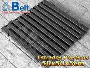 Estrado Plástico 50 x 50 x 5 cm na cor preta